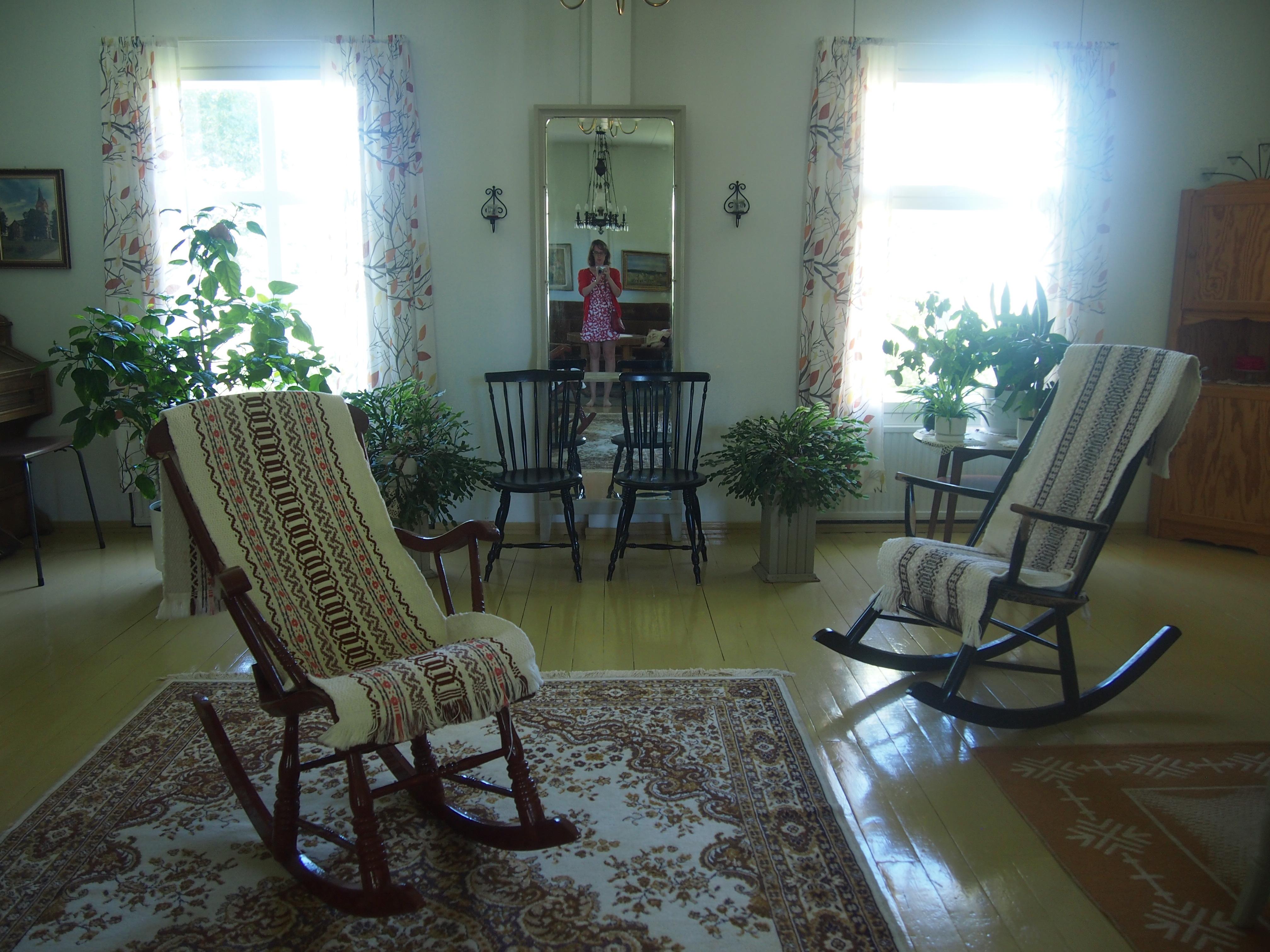 isäntäväen olohuone