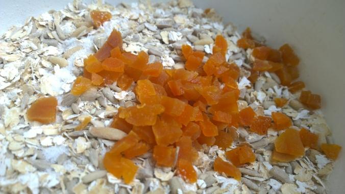 gluteeniton siemenleipä