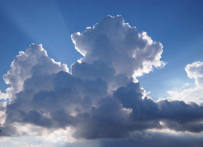pilvet ja valonsäde