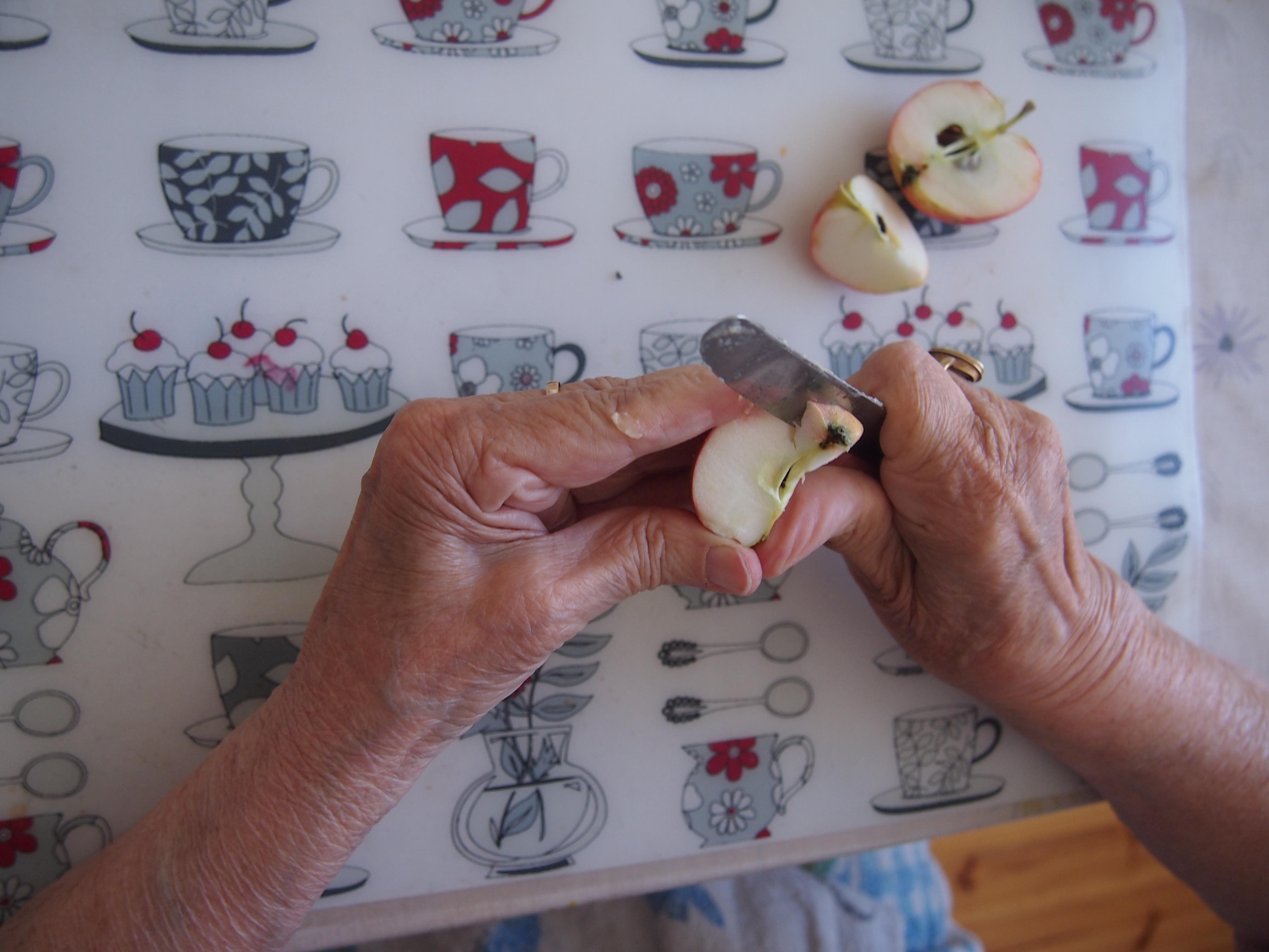 mummon kädet