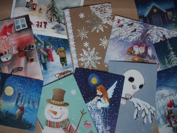 viime vuoden joulukortteja